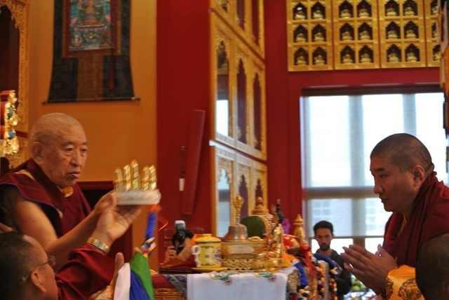 Besuch bei Thrangu Rinpoche